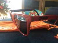 Oakley men sunglasses