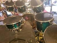 7 piece premiere green drum set