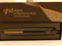 Ghd straighteners comes in box