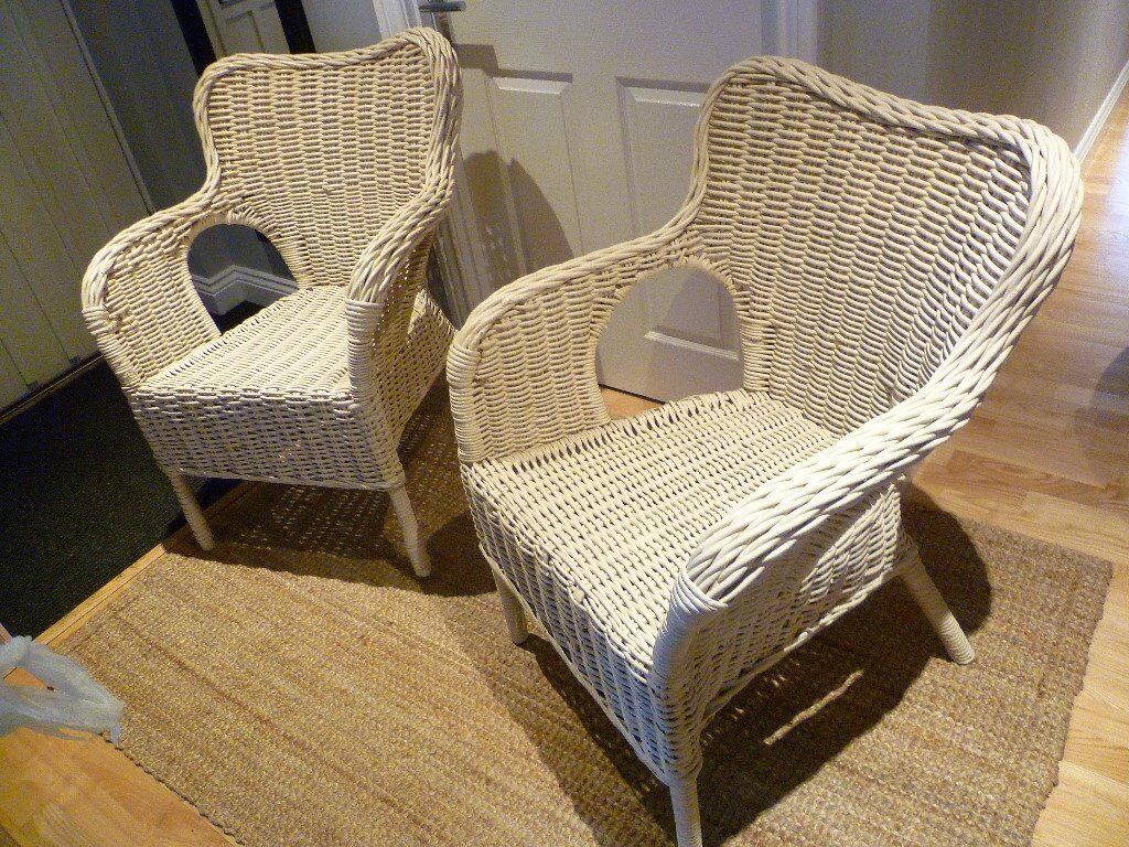 Pair of off white / beige wicker arm chairs, conservatory/patio/garden