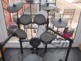Medeli Electronic Drum Kit DD512
