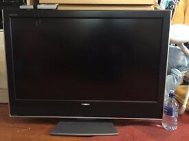 32' flat screen TV For sale