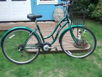 Ladies Firefox Classic 6 Gear Bike Bicycle Cycle with Basket