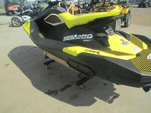 2016 Sea-Doo SPARK 3-UP ROTAX 900 ACE + IBR + CONVENIENCE Cambridge Kitchener Area image 4