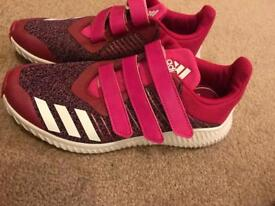 Girls pink Adidas trainers worn once UK size 2.5