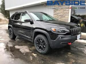 2019 Jeep Cherokee Trailhawk Elite | 4X4 | LEATHER | BT