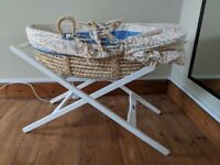 Sturdy natural Moses basket and stand - Mamas & Papas - PRICE REDUCTION