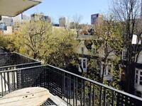 Only$624.small 31/2 . BalconyDowntown 1 min to Mcgill