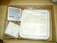 Extractor fan, Vent-axia LoWatt, humidity controller, pull cord and outer wall fitting boxed unused