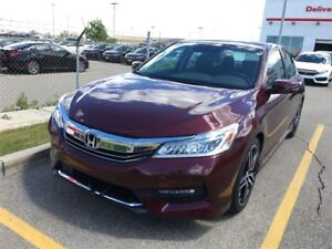 2017 Honda Accord Touring Touring* Leather Seats, Back up Cam...