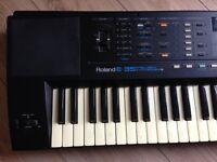 Roland E-35 Musical Keyboard.