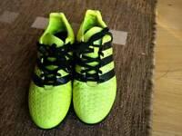 Male adidas trainers. Size UK 7.