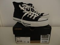 Leater Converse new not worn size 5 unisex colour very dark navy and white £30