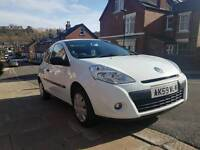 Renault Clio Extreme 1.2 petrol 16v 2009 low miles