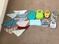 Bib bundle x 17