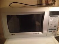 *** LG INTELLOWAVE 1200w Microwave ***