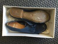 Clarks seude shoes UK7 never worn brogues