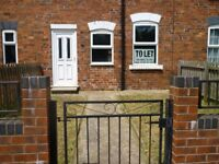 3 bed mid terraced house for rent gas central heating double glazed carpeted