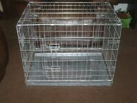 DOG CAGE MEDIUM WITH METAL TRAY £25 AS NEW