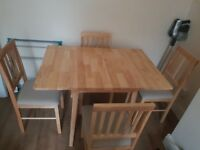 SOLID WOOD LEAF TABLE + 4 CHAIRS