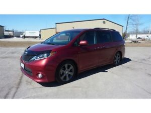 2015 Toyota Sienna 5dr SE 8-Pass FWD Technology Package