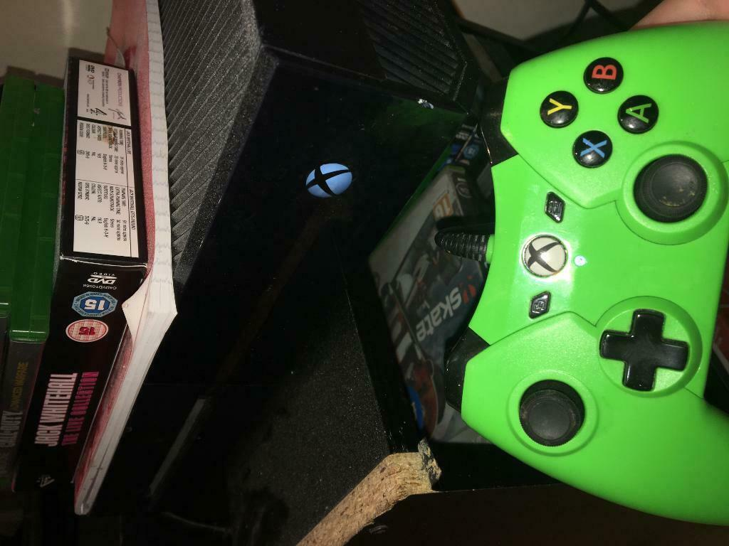 Xbox 1 with games and controller | in Sunderland, Tyne and Wear | Gumtree