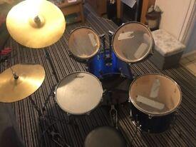 Ashton Drum Kit