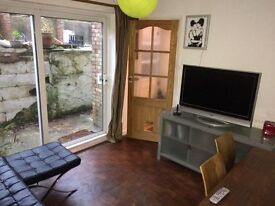 Double in lovely houseshare, sea views / spa, NO AGENCY - 2 min Lidl, 8 min Royal Ssx Hosp