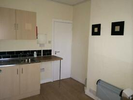 1 BEDROOM * NEWLY REFURBISHED *HOLBECK * RECREATION STREET *ZERO DEPOSIT * DSS WELCOME!