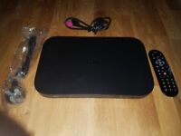 SKY Q 1TB BOX WITH SKY Q REMOTE CONTOL & HDMI LEAD. PERFECT CONDITION - AS NEW
