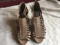 New look ladies sandals beige size 4/37 used one time £6
