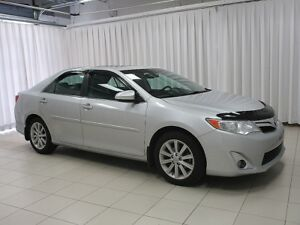 2012 Toyota Camry XLE V6 SEDAN W/ NAVIGATION, LEATHER INTERIOR,