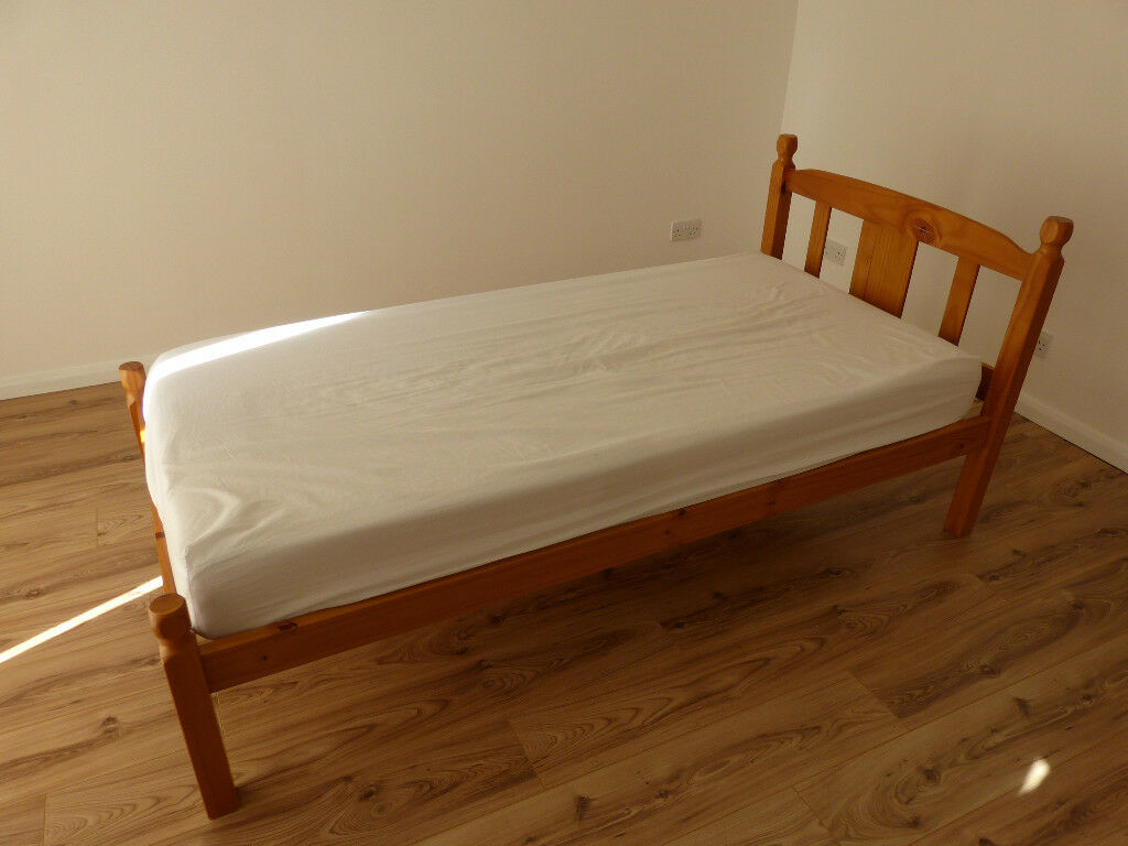 Single bed with a memory foam mattress