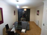 One Bedroom Modern Apartment Close To Bromley By Bow Station