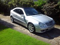 06 MERCEDES C160 COUPE SE AUTO 1 LADY OWNER FULL SERVICE HISTORY