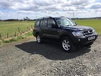 Mitsubishi shogun warrior 3.2 did lwb lots of history and very well maintained