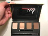 New No7 5 in 1 brow palette RRP £12