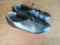 Children's Capezio Tapster Tap Shoes Size 2 Wide