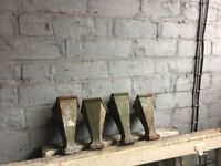 Set Of 4 Original Victorian Cast Iron Bath Feet W-R