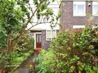STEPNEY GREEN/MILE END,E1,BRIGH 3 BED HOUSE WITH GARDEN,CLOSE TO TUBE