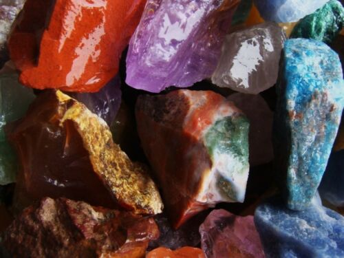 3000 Carat Lots of Natural Tumble Rough + a Very Nice FREE Faceted Gemstone