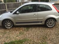 FORD FIESTA ST 2005 SILVER WITH BLUE STRIPES