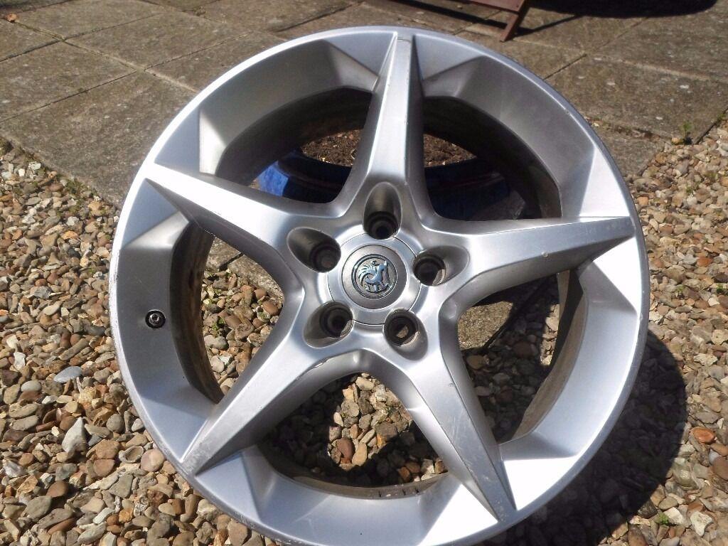 "vauxhall 18"" alloy wheel"