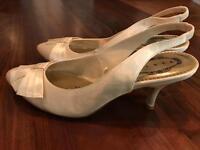 Debenhams Debut ivory satin pointed midi heels UK size 5
