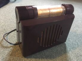 Murphy A100 antique bakelite radio in mint condition