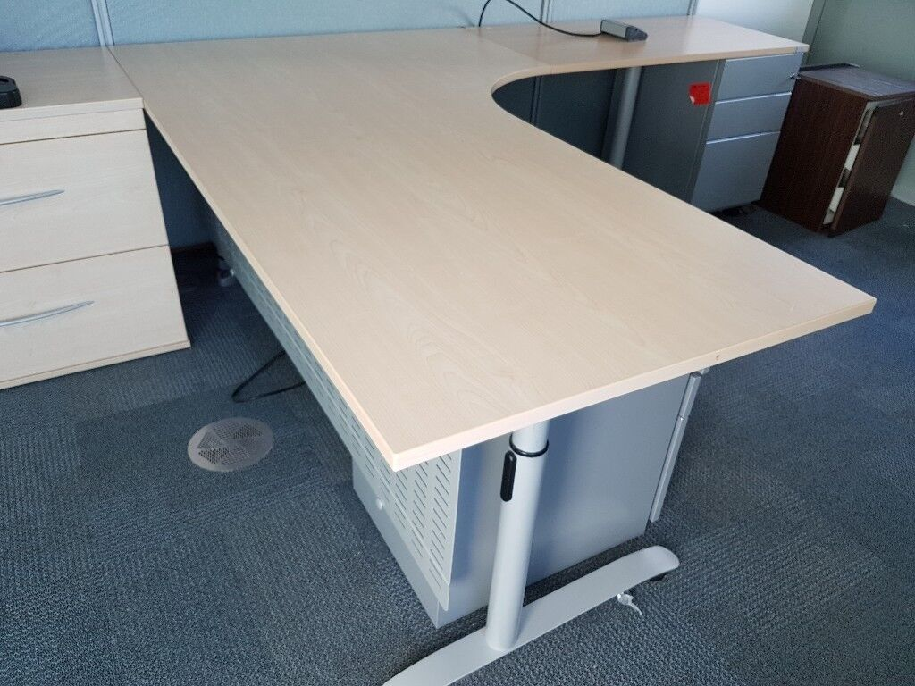 Executive Maple Office Desk With Extension