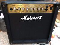 Small Amp Marshall MG15DFX Combo Amp