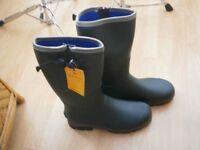 WELLINGTON BOOTS NEW VERNEY CARRON £35