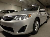 2013 Toyota Camry LE EXCCESSIVEMENT PROPRE! À VOIR!