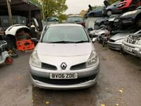 BREAKING Renault Clio Expression DCI 68 1.5 Silver Hatchback door glass window front rear offside ns